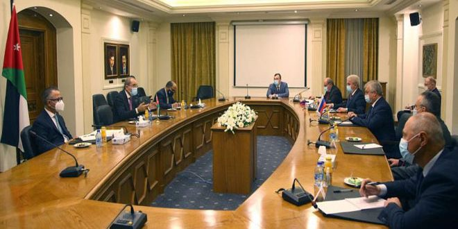 Safadi, Lavrentiev affirm necessity of political solution to crisis in Syria