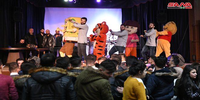 Actividades recreativas a los hijos de mártires por la Navidad