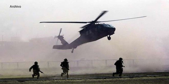 Washington trasladó en helicópteros a 60 terroristas del Daesh al desierto de Deir Ezzor, Siria