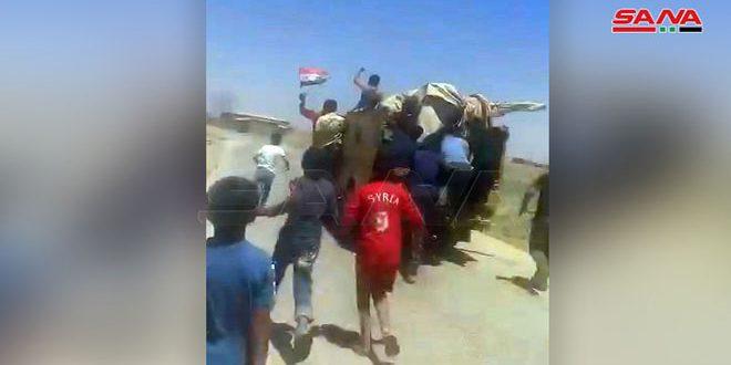 Aldeanos sirios interceptan convoy de fuerzas de ocupación estadounidenses y lo obligan a dar vuelta atrás