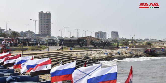 Las tropas rusas operantes en Siria realizan una ceremonia por el Día de la Marina rusa+(Fotos)
