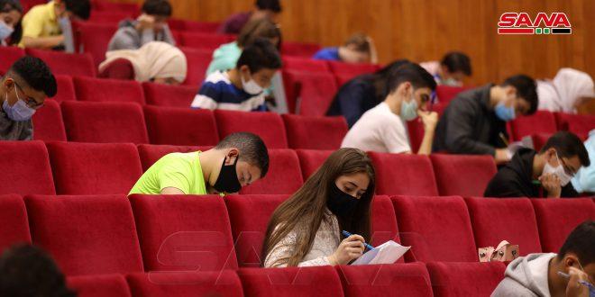Miles de estudiantes participan en Olimpiada Científica de Siria