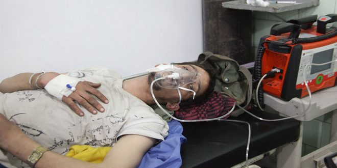 В Алеппо террористы нанесли ракетные удары по кварталам Аль-Хамидия и Халяб Аль-Джадида, 3 человека погибли и 5 пострадали