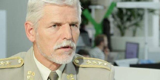 Председатель Военного комитета НАТО подтвердил важность поиска путей политического урегулирования кризиса в Сирии