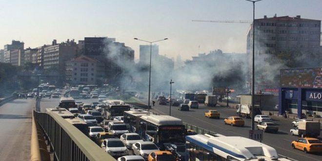 Турецкая полиция арестовала 20 человек на митинге памяти жертв прошлогоднего октябрьского теракта в Анкаре