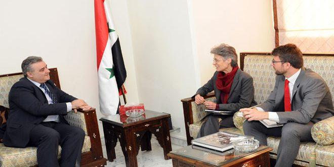 Министр информации САР отметил роль СМИ в привлечении внимания к негативным последствиям сирийского кризиса
