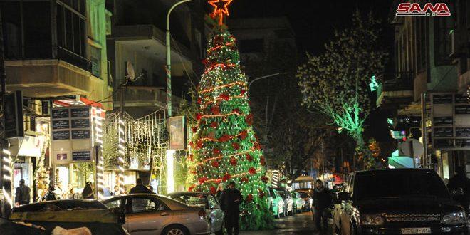 Праздничная атмосфера в преддверии Рождества в Дамаске