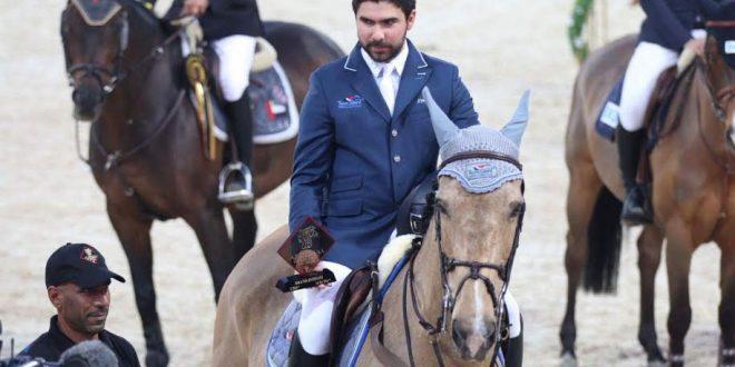 Abu Dabi de düzenlenen at yarışları Suriyeli yarışmacıların katılımıyla faaliyetlerini