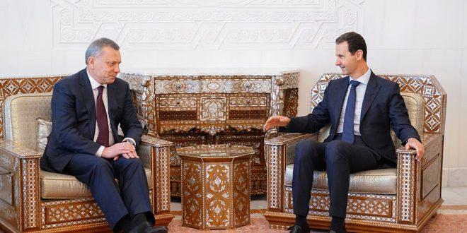 Cumhurbaşkanı el Esad Rusya Başbakan Yardımcısı Yury Borisov ve Suriye ziyaretinde ona eşlik eden heyeti kabul ediyor