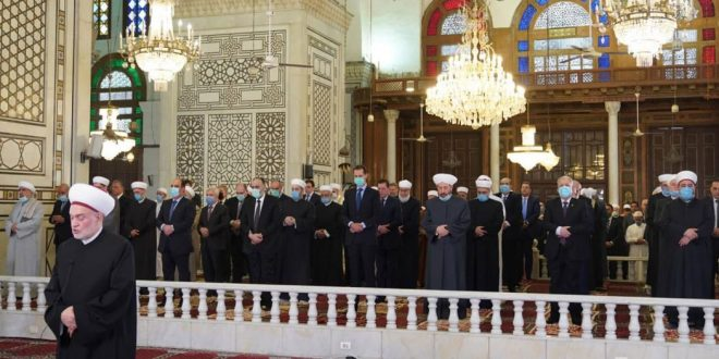 President al-Assad performs Eid al-Fitr prayers at Grand Umayyad Mosque in Damascus