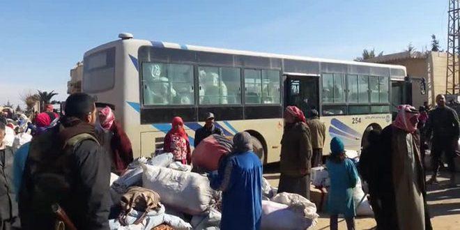 Tres mil desplazados del campo este de Deir Ezzor vuelven a sus casas