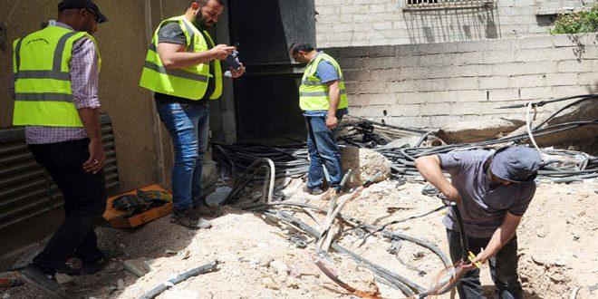 Continúa el trabajo para restablecer la electricidad en los pueblos y localidades de Ghouta Oriental