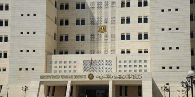 Siria condena enérgicamente la incursión turca y estadounidense en las cercanías de Manbij
