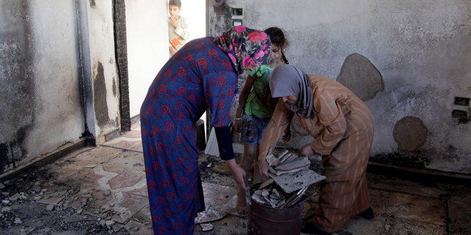 Centenares de desplazados por el terrorismo regresan a Harran al Awamid