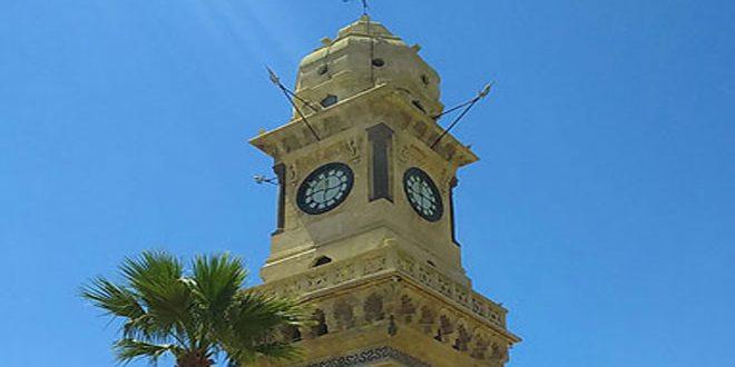 Las manecillas del reloj de Bab al Faraj en Alepo vuelven a funcionar