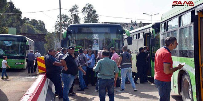 Desplazados sirios en el Líbano retornan a la patira