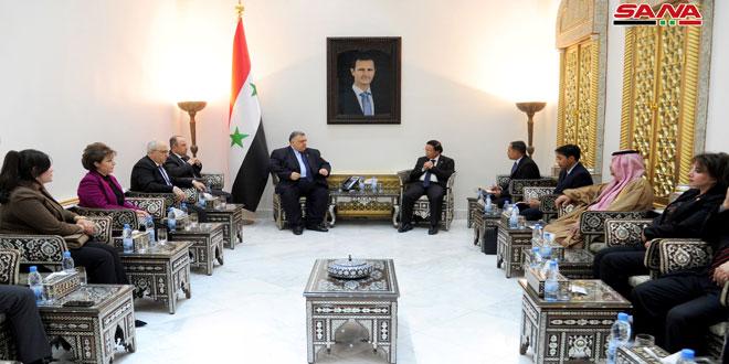 Sabbagh discute con el embajador de Indonesia en Damasco el fortalecimiento de las relaciones parlamentarias