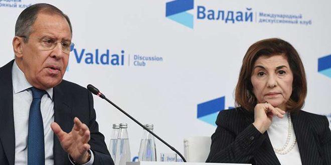 Canciller ruso y asesora presidencial siria repasan evolución de la situación en Siria