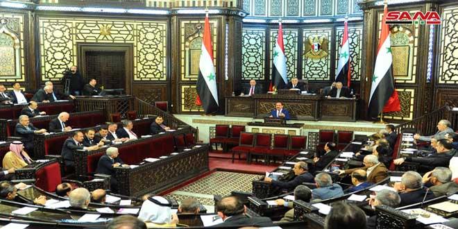 Ministro de Transporte explica ante el Parlamento los proyectos actuales y futuros de su Ministerio