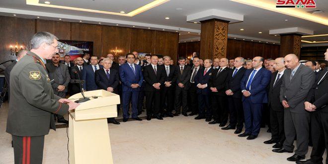 La Embajada de Rusia en Damasco organizó una recepción con motivo del 101 aniversario del Día del Ejército Ruso