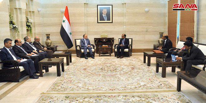 Khamis: esperamos poder fortalecer el comercio, la inversión y las relaciones científicas con La India