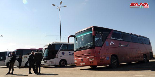 Compañías de transporte comienzan a operar sus viajes de pasajeros por la autopista Damasco-Alepo