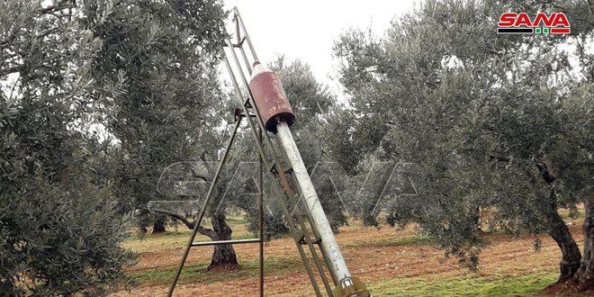 Fotos: armas pesadas dejadas por los terroristas derrotados en Kafer Sayneh, Idleb