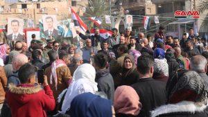 Miles en Deir Ezzor celebran victorias del ejército en Alepo. (fotos)