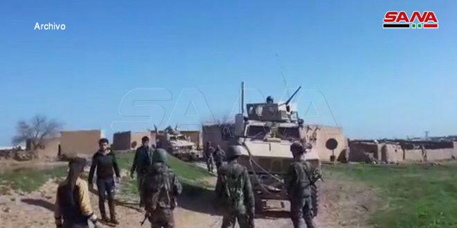 Vecinos de Hamo y los uniformados sirios expulsan a un convoy militar norteamericano en Hasakeh