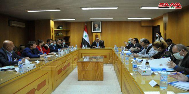 Siria y Rusia por la activación del intercambio comercial y el establecimiento de proyectos conjuntos