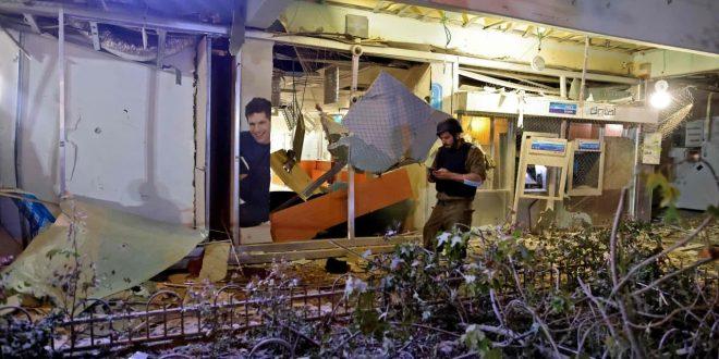 En fotos…El impacto de los misiles de la Resistencia palestina en  Tel Aviv en respuesta a la agresión israelí.