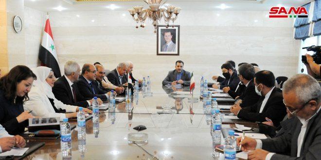 Conversaciones sirio-iraníes para mejorar cooperación económica entre ambos países