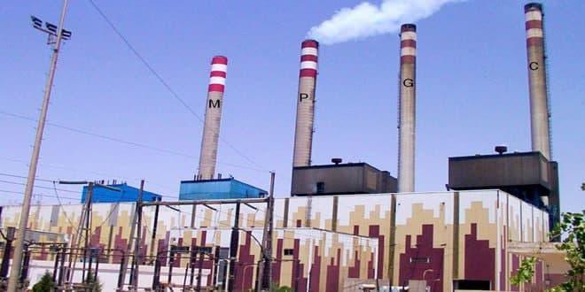 Siria firma contrato con empresa iraní para rehabilitar central eléctrica de Mahradah.