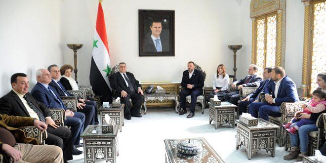 صباغ در دیدار با هیات روسی: اولویت سوریه ریشه کن کردن تروریسم و تقویت آشتی ها است