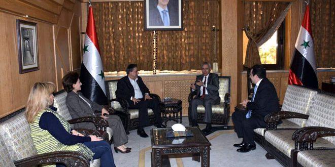 بررسی همکاری ها در مرحله بازسازی در دیدار استاندار حلب با سفیر ارمنستان در دمشق