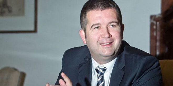 هماچک : ماندن سفارت چک در دمشق به نفع چک و متحدانش است