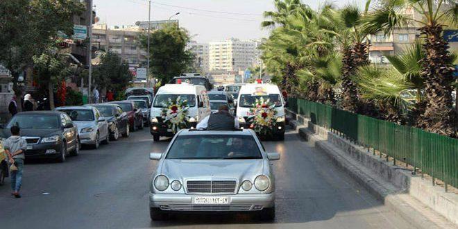 تشییع پیکر شهید معاذ عجوری در ادروگاه یرموک در دمشق