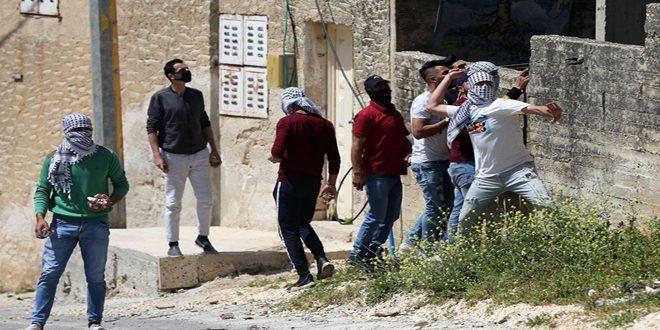 جراحت ده ها فلسطینی ها در سرکوب تظاهرات هفتگی کفر قدوم توسط اشغالگر