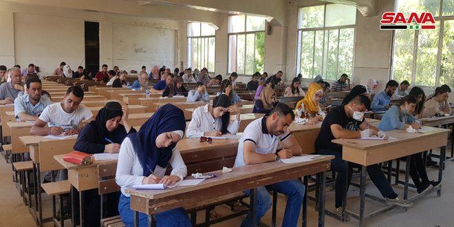 بازگشایی دانشگاه های سوریه پس از تعلیق دو ماه و نیم در چارچوپ مقابله با ویروس کرونا و تعهد به تدابیر اتخاذ شده برای مقابله با آن ویروس