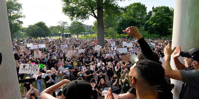 ده روز گذشت …تظاهرات ضد نژاد پرستانه و خشونت پلیس آمریکا در سرکوبی این تظاهرات همچنان ادامه دارد