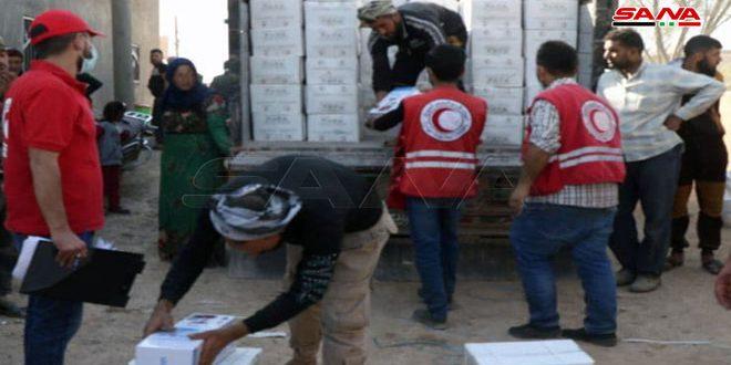 توزیع کمک های غذایی هلال احمر عربی سوريه در حومه جنوبی حسکه