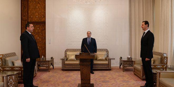 مقابل رئیس اسد.. دیوب به عنوان سفیر سوریه در ایران سوگند یاد کرد