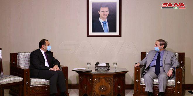 مقداد استوارنامه اياد نصر به عنوان نماینده صندوق جمعیت سازمان ملل متحد را دریافت کرد
