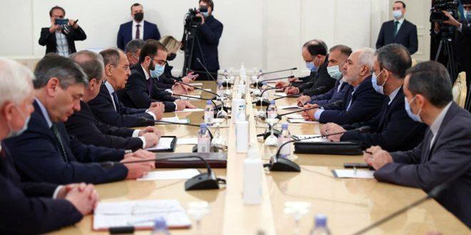 تاکید لاوروف و ظریف بر ضرورت یافتن راه حل سیاسی برای بحران سوریه و اجرای قطعنامه 2254