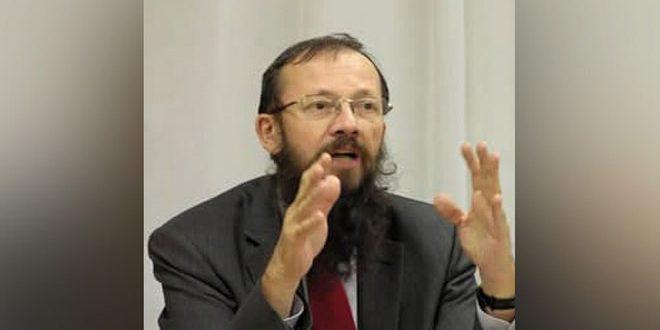 استاد دانشگاه اسلواکی: اقدامات آمریکاعلیه سوریه مانع دستیابی به حل سیاسی بحران این کشور میشود