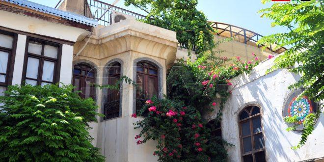 شناشیل از جمله بهترین شاهکارهای معماری دمشق است