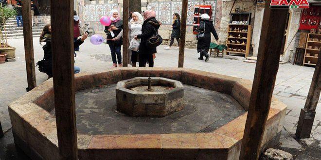 La fontaine de Nofara à l'entrée est de la mosquée des Omeyyades remonte à 1000 ans