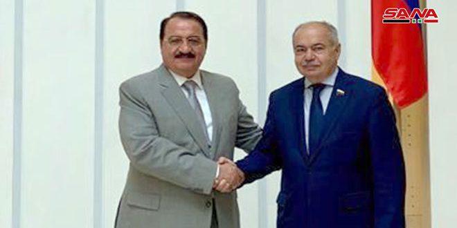Haddad et Omakhanov insistent sur la nécessité d'éradiquer le terrorisme en Syrie