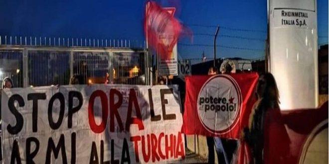 Manifestation à Rome réclamant l'arrêt de la fourniture d'armes au régime turc