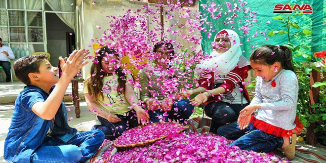 L'UNESCO inscrit la fleur damascène sur la liste du patrimoine humain immatériel